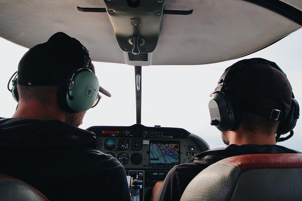 Pilot and Instructor Training With iPad